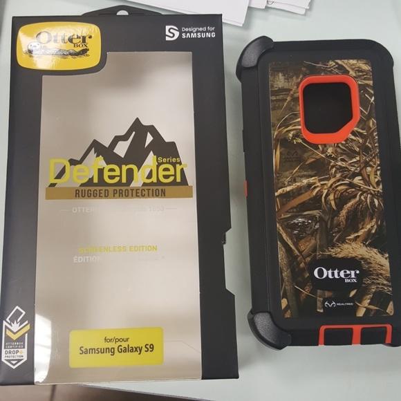 best service d2cf9 158d5 Samsung S9 OtterBox Defender Rugged Case NWT